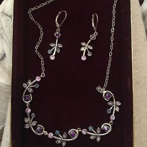 Jewelry - Silver jewelry set with multi colored diamonds